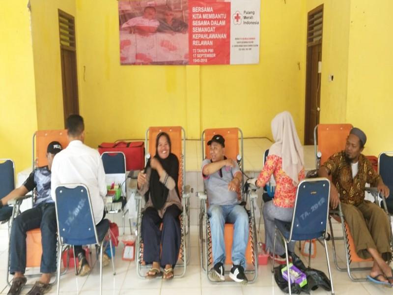 98 Peserta Ikut Donor Darah di Simpang Rimba