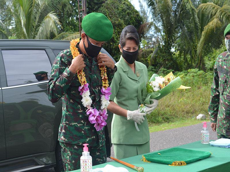 Awali Tugas Danrem 045/Gaya, Kolonel CZI M. Jangkung Disambut dengan Tradisi Korp Satuan