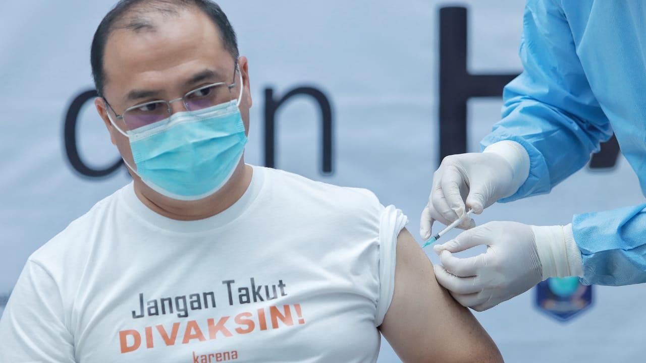 Babel Tidak Takut Vaksin, Gubernur Erzaldi Suntik Vaksin Perdana