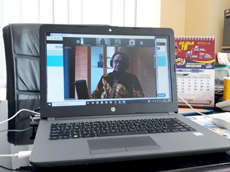 Bahas Sejumlah Kebijakan, Gubernur Lakukan Video Conference Dengan Seluruh Kepala OPD