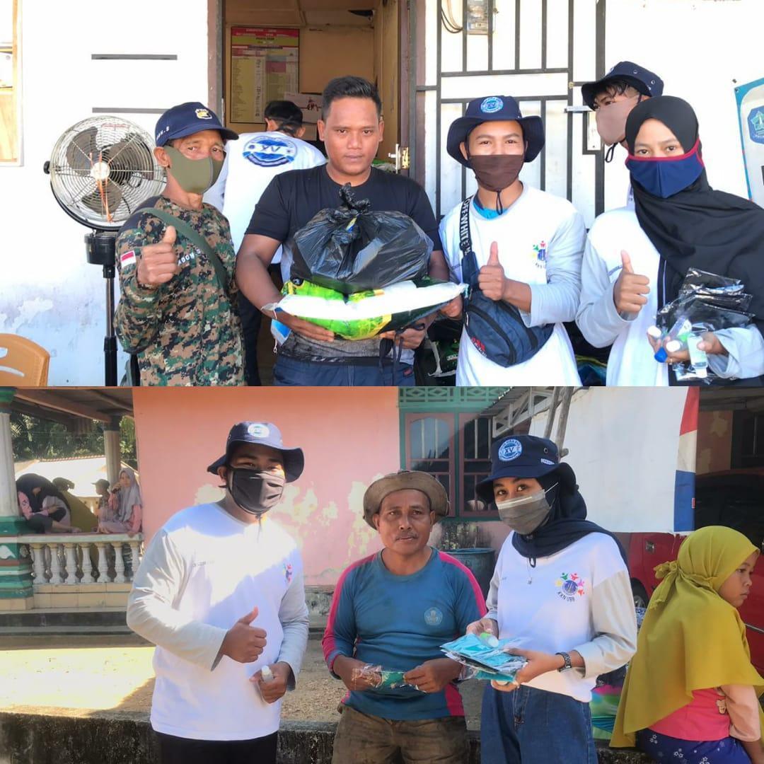 Beri Edukasi Terkait Covid-19, KKN Desa Tanah Bawah Bagikan Handsanitizer Dan Masker