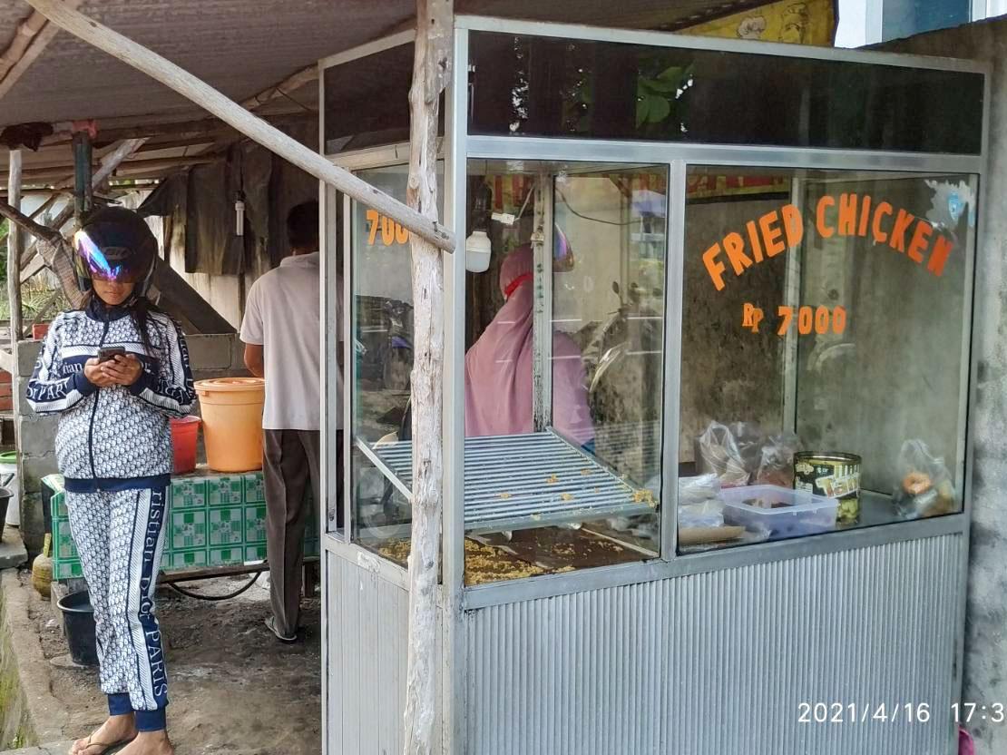 Berkah Ramadan, Omzet Penjual Ayam Goreng Tepung Meningkat 100 Persen
