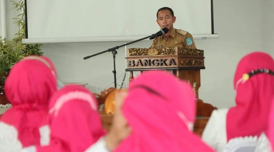 Bupati Bangka Ambil Sumpah Jabatan Pengurus GOW Periode 2020-2025
