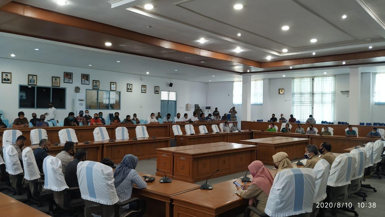 Datangi Kantor DPRD Bangka, Petani Singkong Koperasi BBB Sampaikan 7 Tuntutan