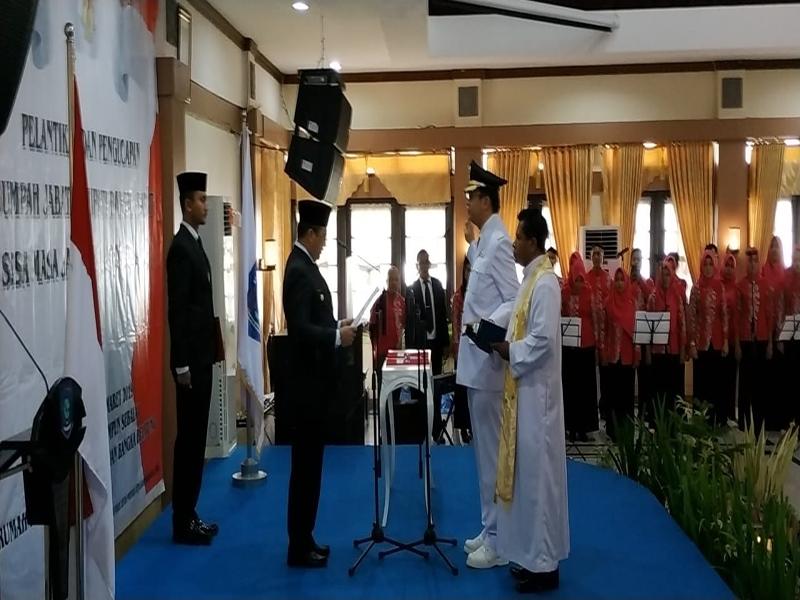 Dilantik Gubernur, Markus Resmi Jabat Bupati Bangka Barat