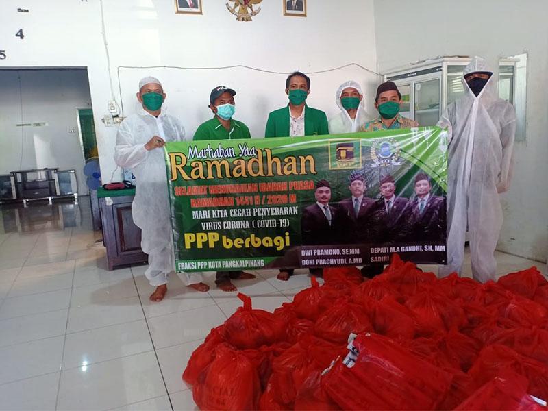 DPC PPP Kota Pangkalpinang Bagikan 1500 Paket Sembako untuk Masyarakat Terdampak Covid-19