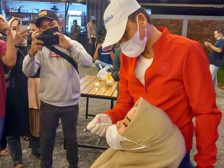 Enam Pengunjung Warunk Milenial dan Kafe Pabs Terkonfirmasi Positif Covid-19