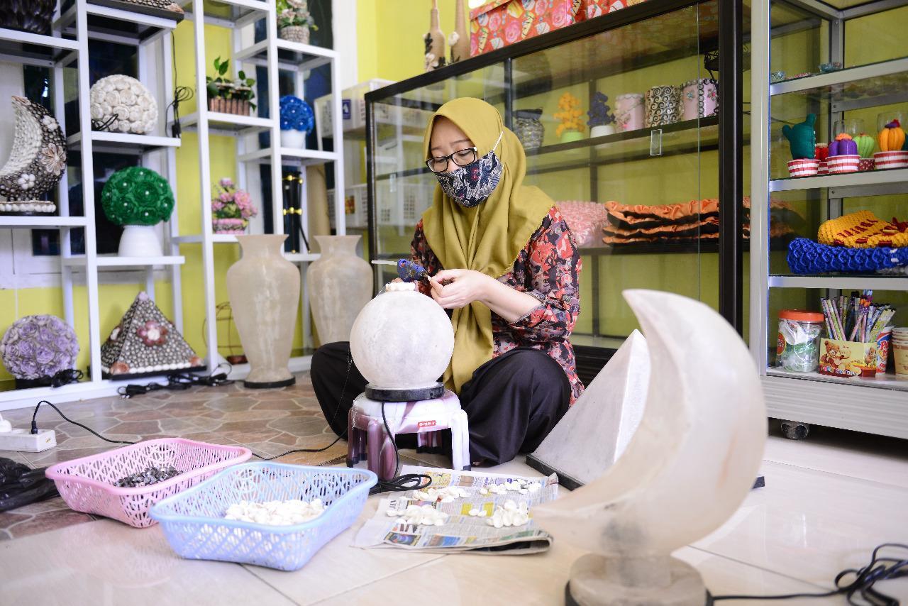 Erliana Bisa Miliki Galeri Balqis Craft Setelah Jadi Mitra Binaan PT Timah