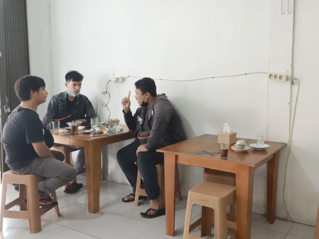 FOTO: Berbagi Rasa Kopi Khas Muntok di Warkop Abang