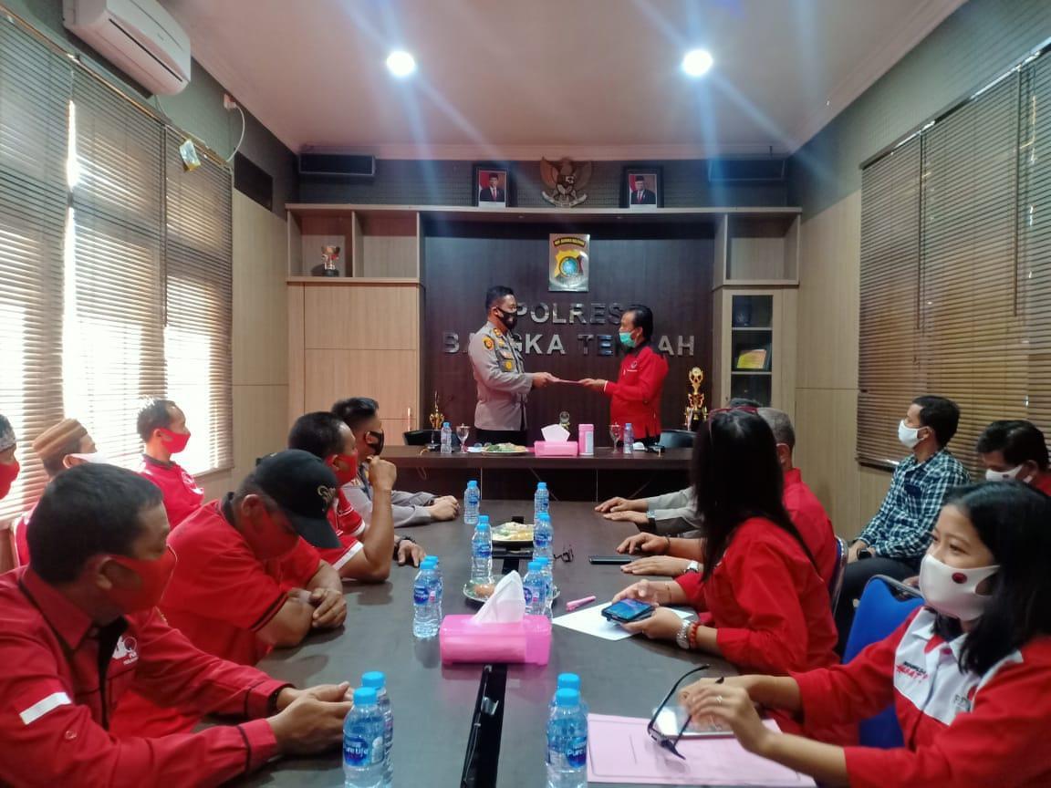 H. Kora Pimpin Kader PDI Perjuangan Bangka Tengah Sambangi Polres