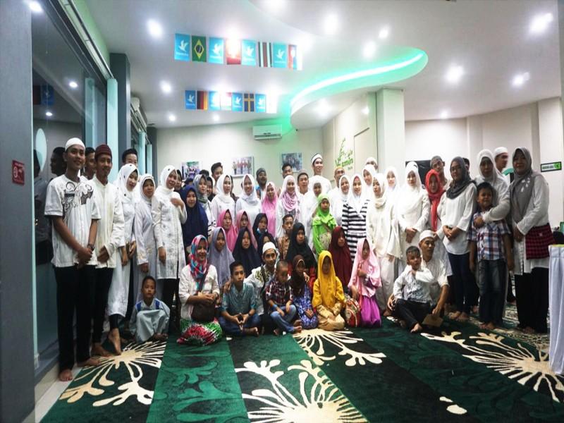 Hotel Yasmin Muntok Berbagi Kebahagian dengan Anak Panti Asuhan