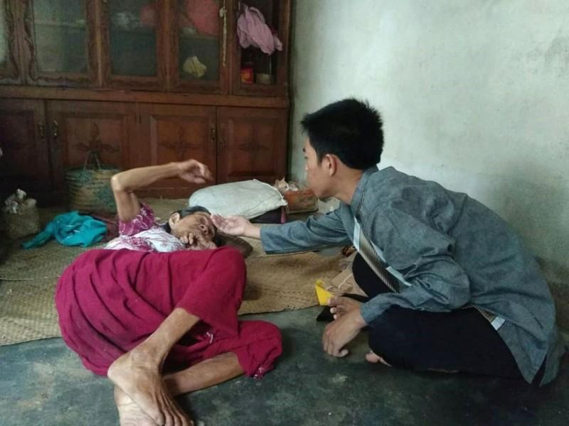 JCA Simpang Rimba, Mengajak Sahabat Membantu Nenek Ini