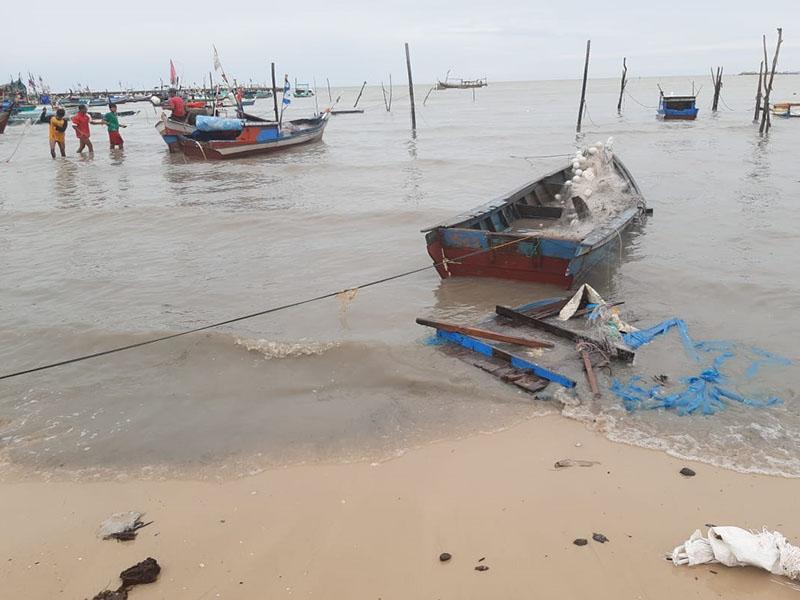Jeritan Nelayan Kelisut, Pendapatan Menurun Diterpa Musibah