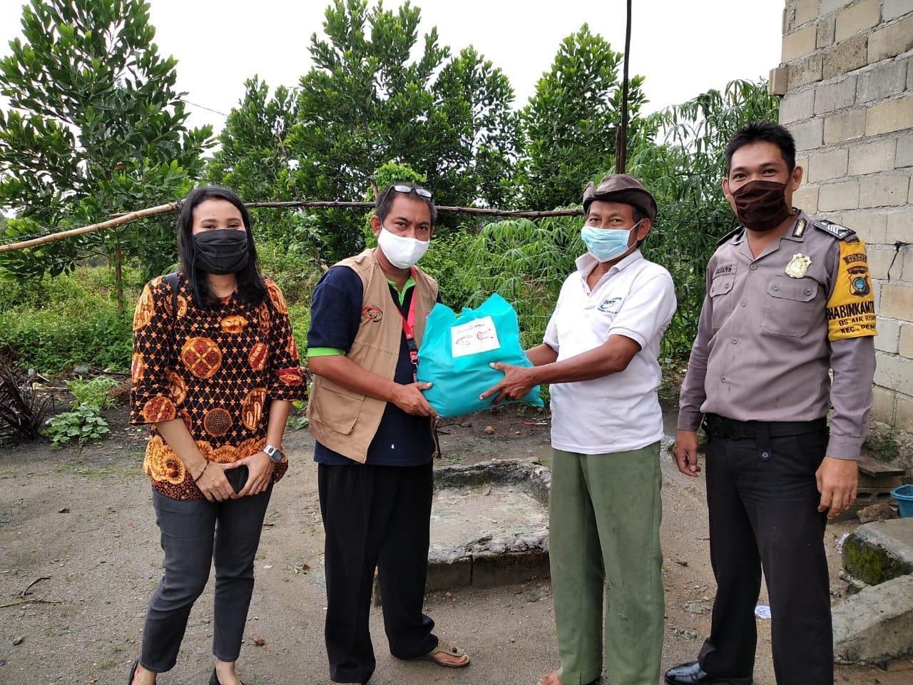 Kembali Bagikan Paket Sembako, Koordinator Tim B'depenk Harap Masyarakat Siap Hadapi New Normal