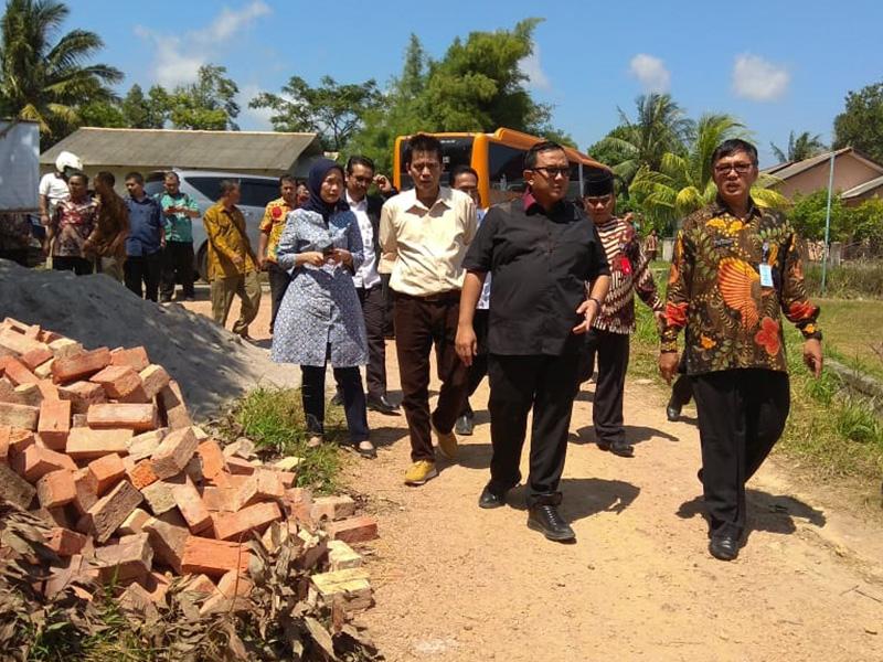 Komisi V DPR RI Tinjau BUMDes Desa Karya Makmur