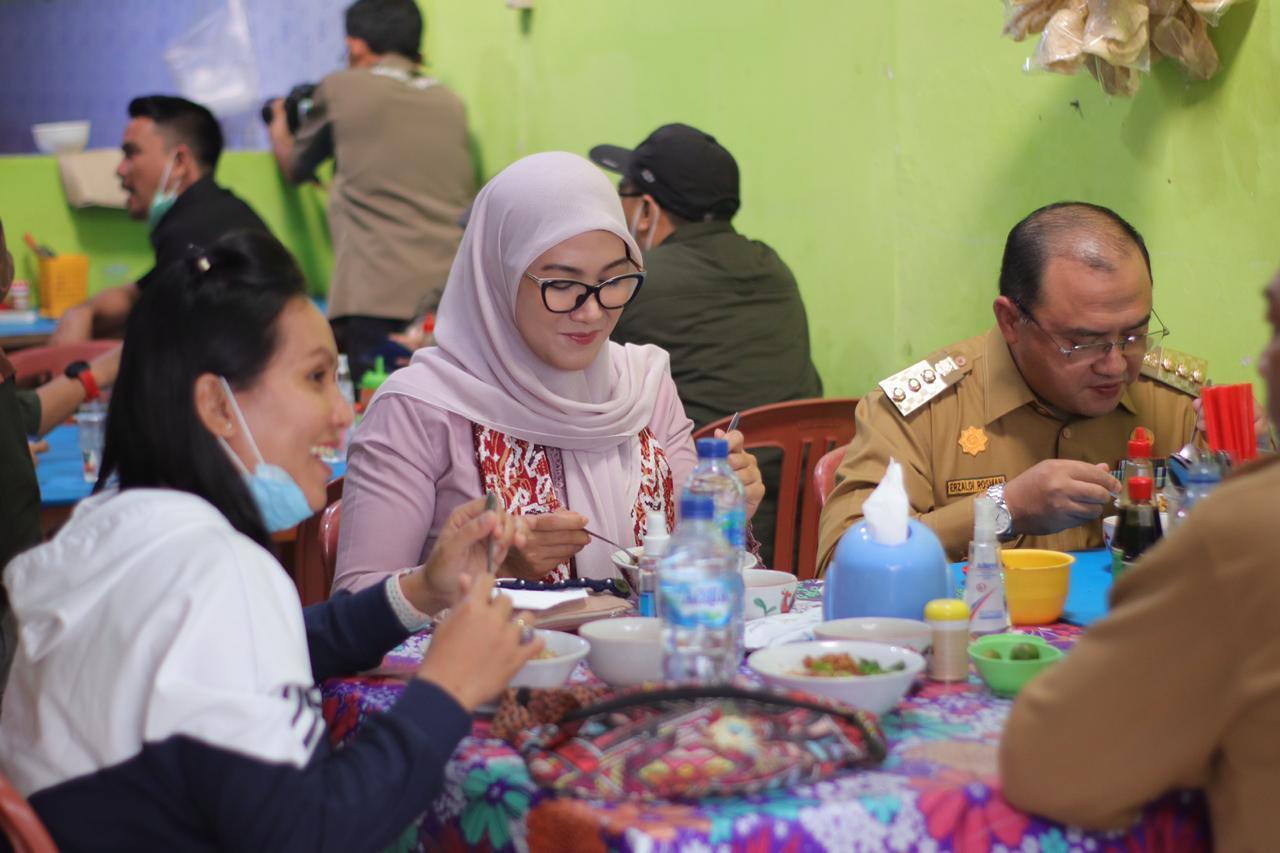 Mie Ayam Kho Atet di Kantin Muallaf Ini, Jadi Menu Istimewa Gubernur dan Istri