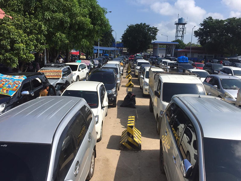 Parade Foto Arus Balik Lebaran Idul Fitri 1440 H di Pelabuhan Tanjung Kalian Muntok