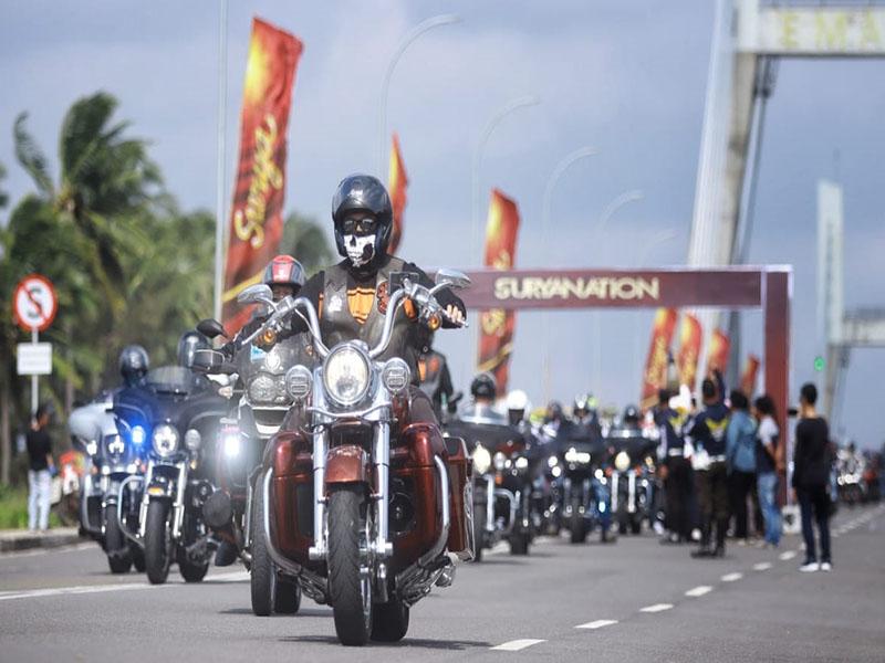 Parade Foto Kemeriahan Bangka Bike Festival 2019 di Jembatan Emas