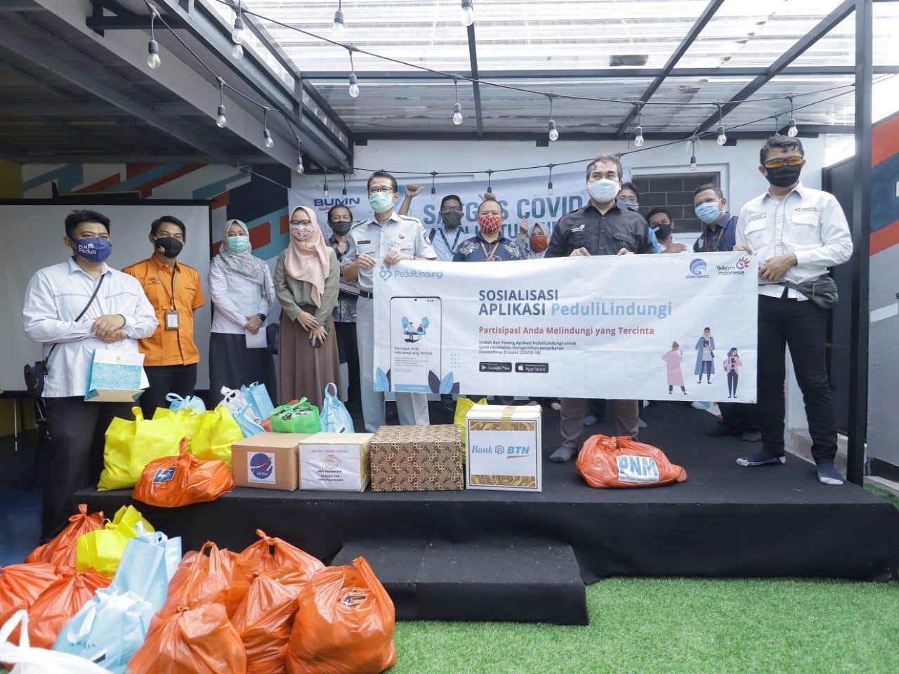 Peduli Jurnalis, Forum BUMN Babel Bagikan Paket Sembako