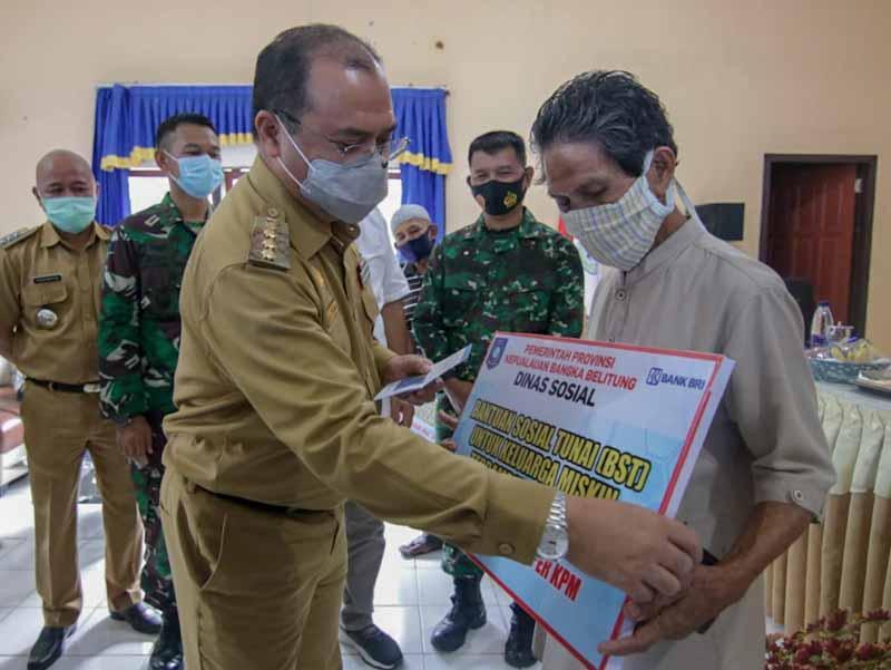Pemprov Babel Cairkan Bantuan Sosial Tunai Kabupaten Belitung