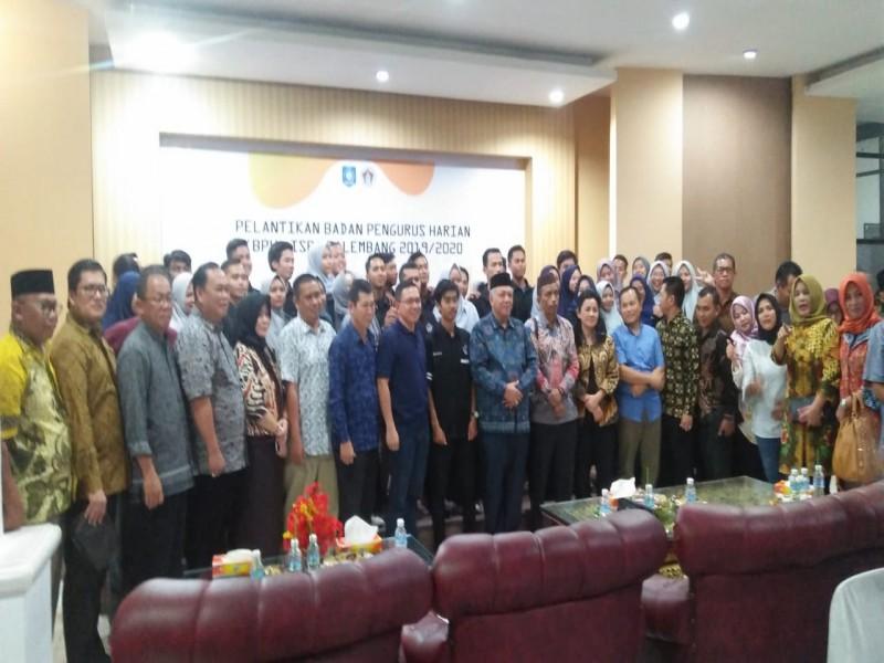 Pengurus ISBA Palembang Dilantik, Dewan Minta ISBA Jadi Pengayom Mahasiswa Bangka