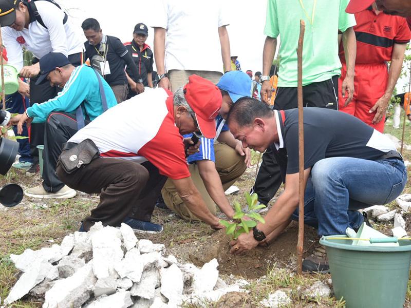 Peringati HUT Babel ke-19, Pemkab Bangka Tanam 100 Pohon Pelawan