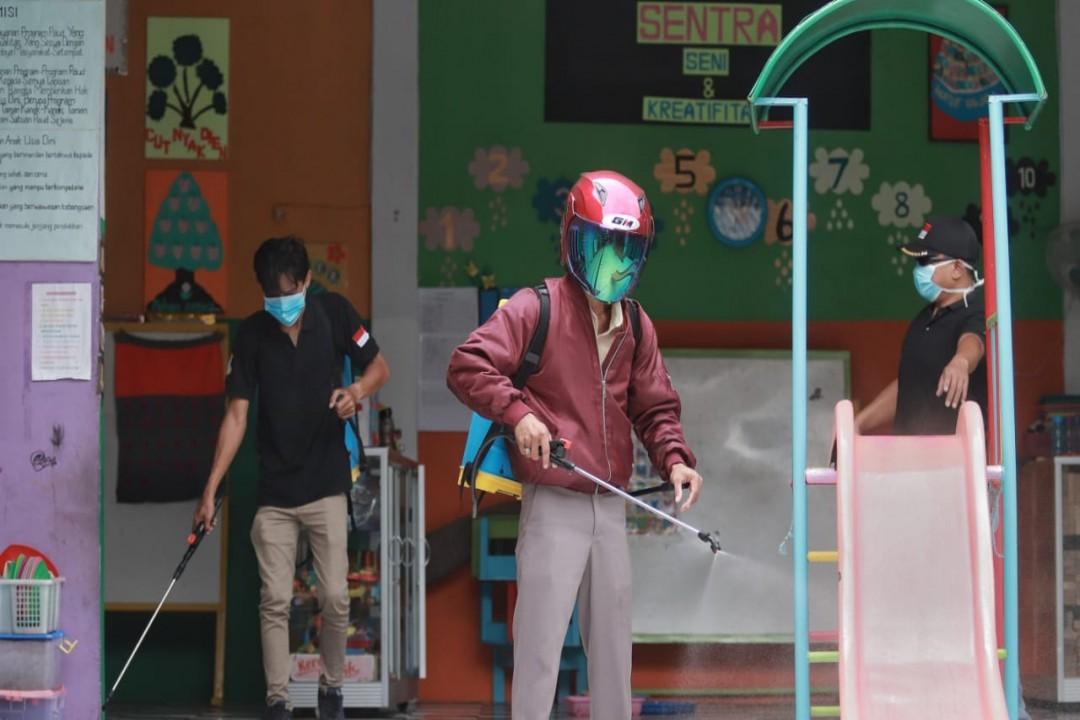 Penyemprotan disalahsatu sekolah (3)