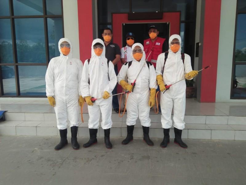 PMI Babel Lakukan Penyemprotan Disinfektan di RUPBASAN Pangkalpinang
