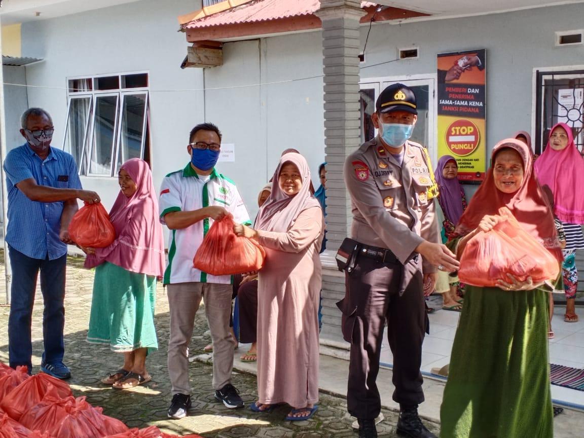PT PBT Salurkan 1000 Paket Sembako, Untuk Beras Dibeli Dari Desa Rias