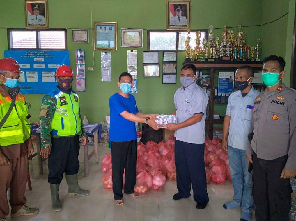 PT Timah Salurkan Suplemen Kesehatan untuk Masyarakat Desa Delas dan Bencah