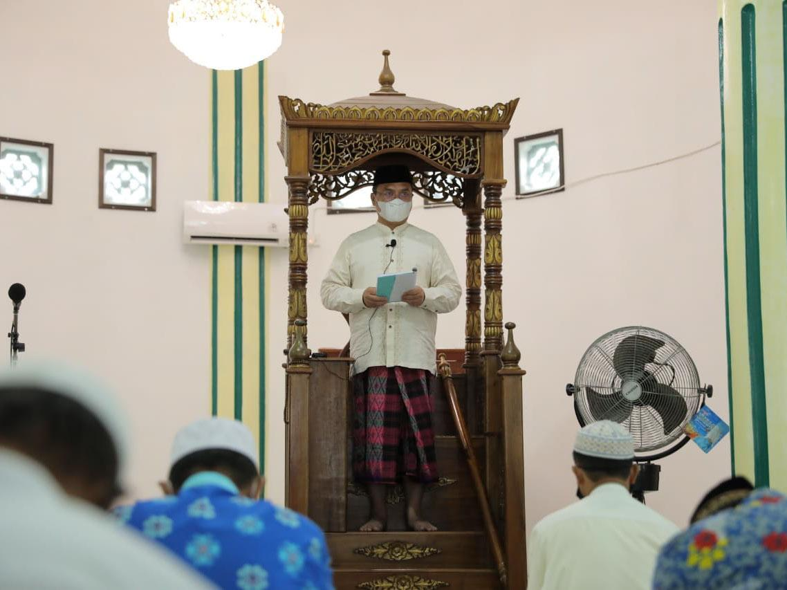 Safari Jumat, Gubernur Sampaikan Khutbah Fadilah Penghujung Ramadan