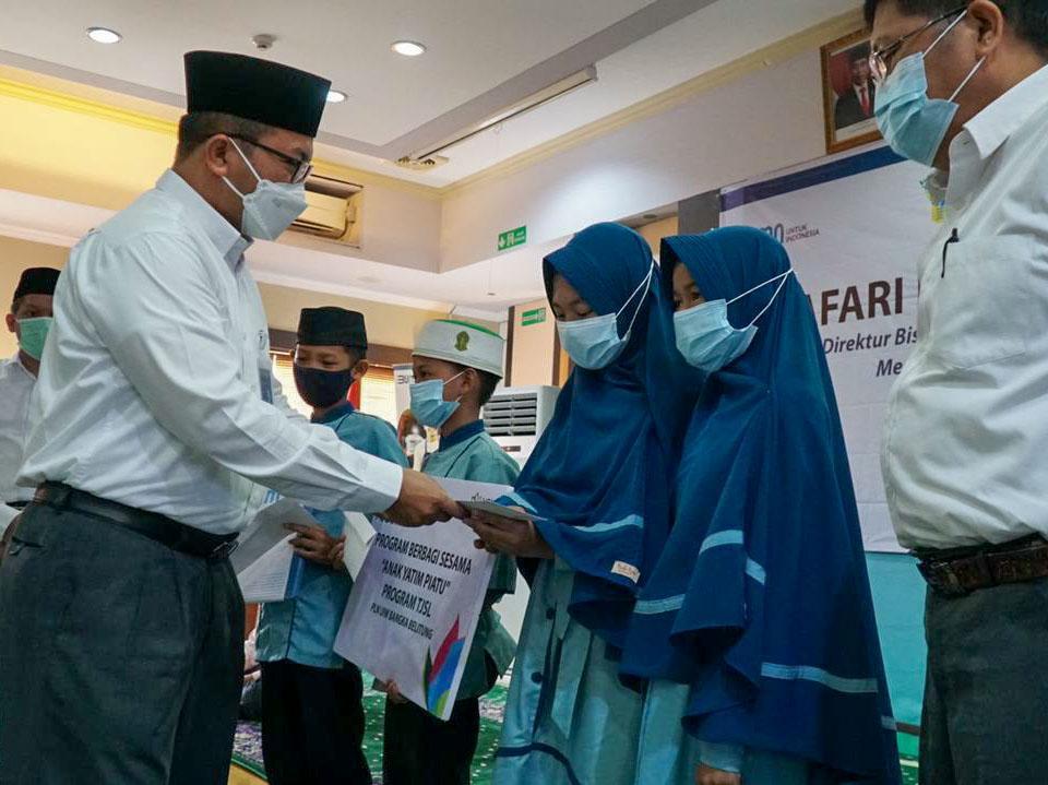 Safari Ramadan, Direktur PLN Sapa Panti Asuhan dan Kaum Dhuafa di Babel