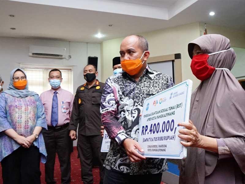 Sebanyak 4.296 Keluarga Dapat Bantuan Sosial dari Pemkot Pangkalpinang