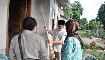 12 Ton Lidi Nipah Asal Kota Kapor Diekspor ke Nepal