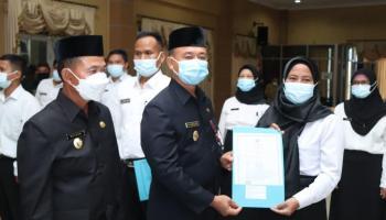 14 Pegawai PPPK Terima SK dari Pemkab Bangka