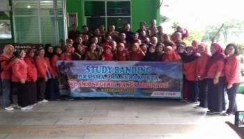 30 Guru Surakarta Kunjungi SMANSA Pangkalpinang, Kagumi Program Literasi dan Eskul Jurnalistik