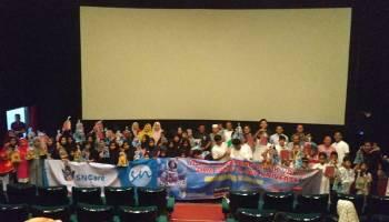 Ratusan Anak Yatim Nobar Film Iqro: My Universe di BES Cinema