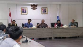 46 Nelayan Kota Kapur Curhat ke Gubernur