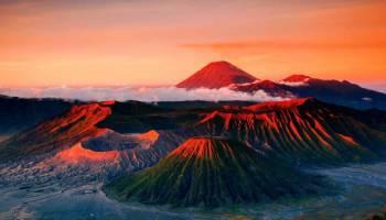 5 Gunung Berapi spektakuler yang wajib anda kunjungi