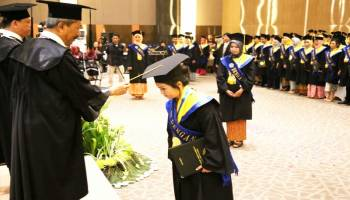 508 Mahasiswa UBB Diwisuda, Muh Yusuf Minta Alumni UBB Dapat Membangun Opini Publik