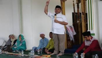 Ajak Ustadz Yusuf Mansyur Hadiri Pengajian, Gubernur: Jangan Belajar Agama Dari Medsos