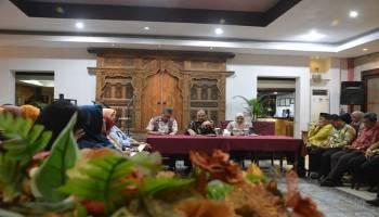 Akhir Kunjungan ke Jawa Timur, Gubernur Erzaldi Berikan Arahan Kepada Para Kepala Sekolah