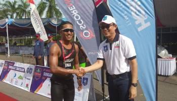 Andi Gumilang Berhasil Finish Pertama di Sungailiat Triathlon