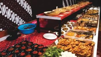 Angkringan Janda Tawarkan Nuansa Jawa -Sunda yang Kental