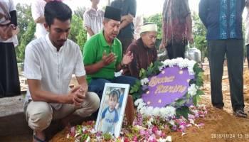 Ayah Korban JT610 Berharap Anak dan Menantunya Ditemukan