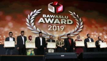 Babel Raih Dua Penghargaan Bawaslu Award 2019