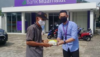 Bank Muamalat dan BMM Salurkan Ribuan Paket Bantuan Lewat Program Jumat Berkah