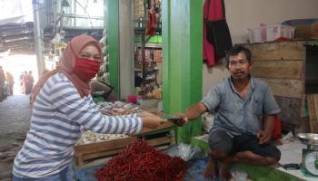 Bantu Cegah Corona Nyebar di Toboali, Puluhan RMB Bagi-Bagi Masker