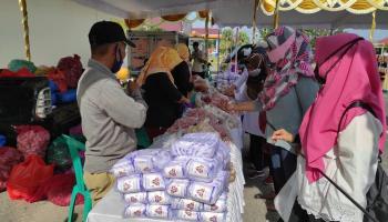 Bantu Masyarakat Terdampak Covid-19, Pemkot Pangkalpinang Gelar Pasar Murah