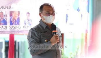 Bantu Petani, Gubernur Erzaldi Berikan Pengolah Pupuk Organik
